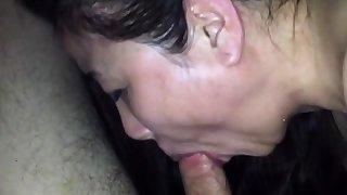 Cum flick through nose of chinese milf