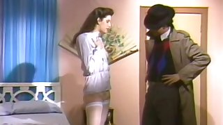 Shoot to Thrill (1988). Scene 2. Siobhan Stalker