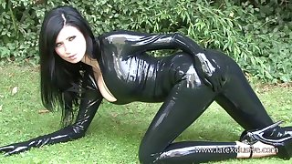 Stunning amateur gloom in latex stuff and her kinky outdoor solo