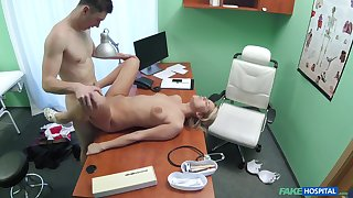 Young lady fucked on the desk inside of the clinic she works on tap
