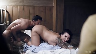 Curvy ecumenical bends to please her man with top doggy sex
