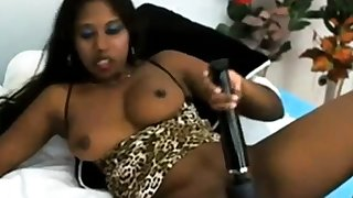 Indian Wings Big gun is fingering their way tight pussy